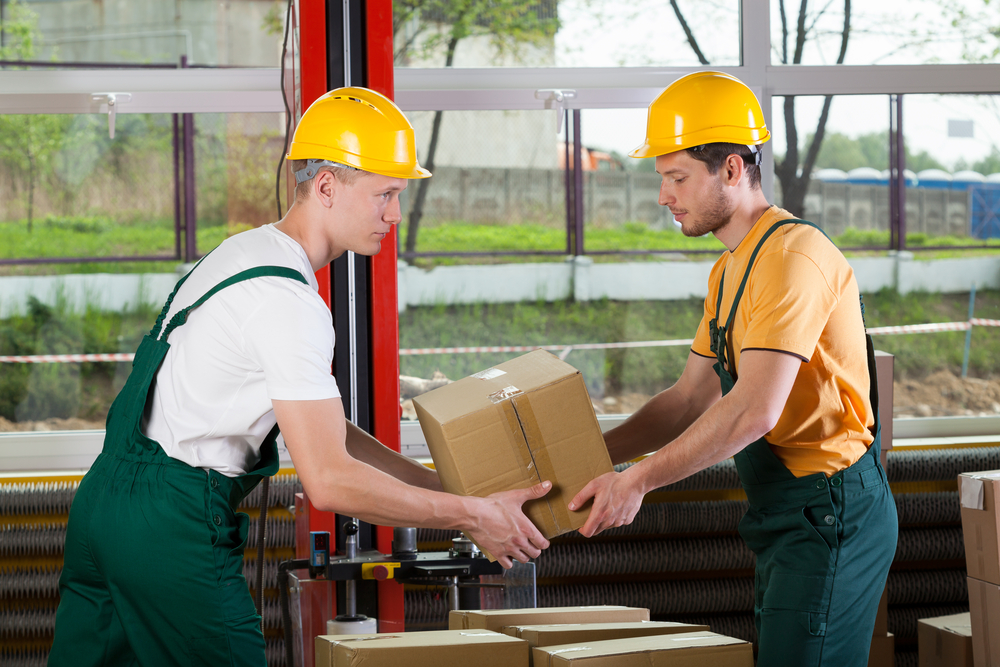 Horizontal view of a teamwork at warehouse