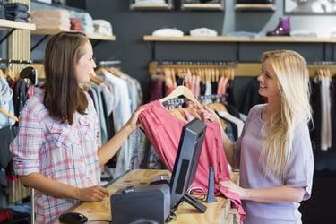 【2021年版】ファッションECの市場規模は?今後、アパレル企業が取り組むべき施策を解説