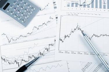 原価計算とは?必要性や計算の種類、効率化の方法まで解説!