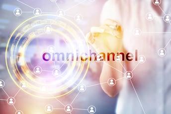 オムニチャネル戦略とは?事例と成功のポイントを解説